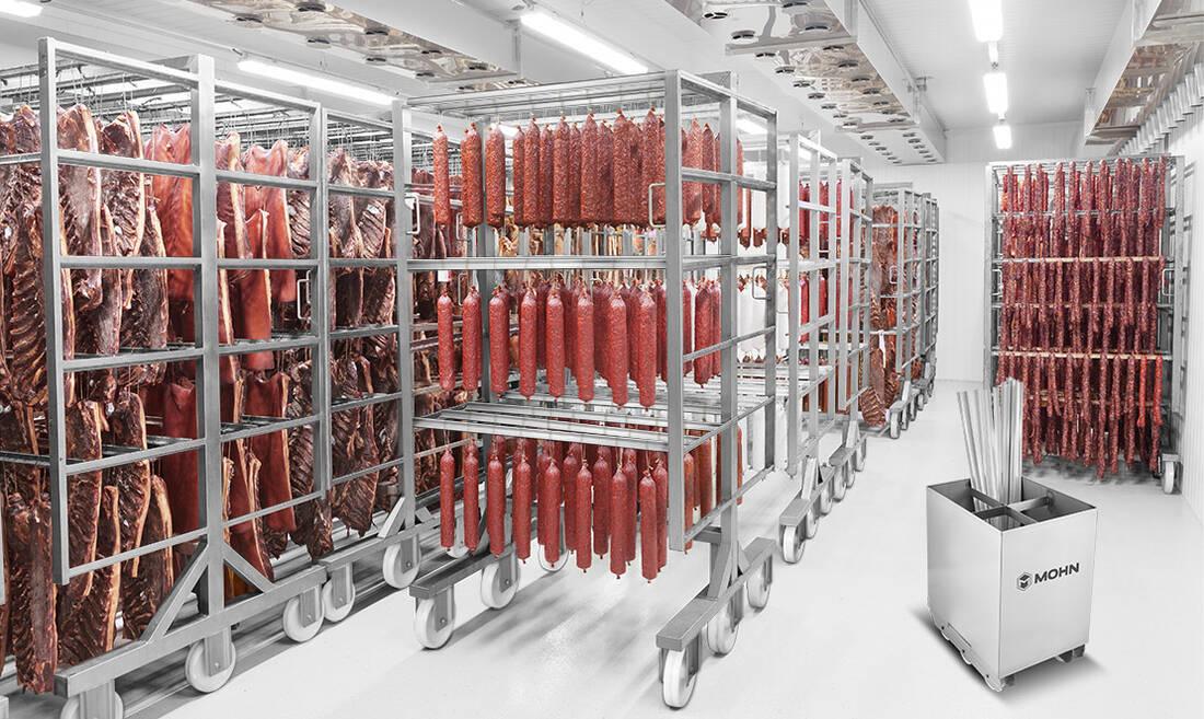 Rauchwagen in der Fleischwarenindustrie - Räuchertechnik aus Edelstahl