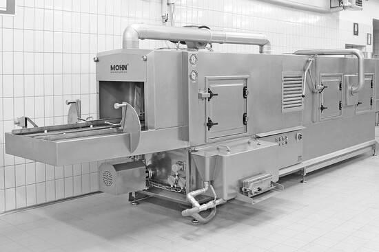 Durchlauf-Waschanlage in der Backwarenindustrie