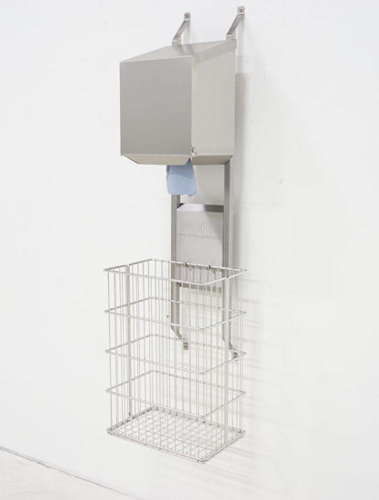 Dryrack-Wandhalterung mit Rollenbox und Papierkorb aus Edelstahl-Drahtgeflecht 60 Liter