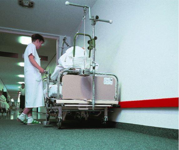 Rammschutzprofile für Krankenhausflure