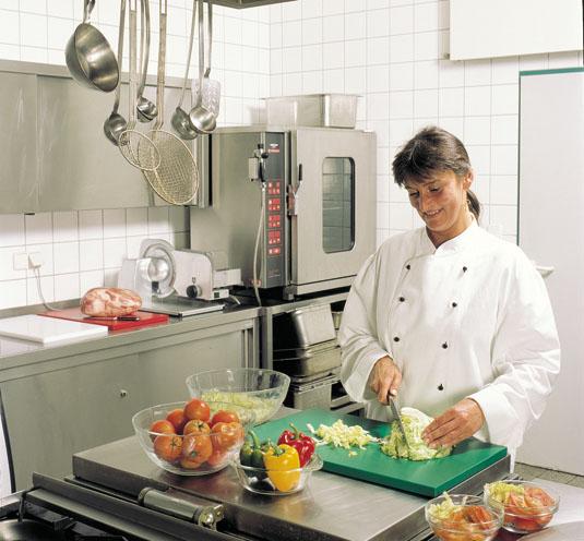 Schneidauflagen bzw. Schneidbretter sind ideal für Großküchen